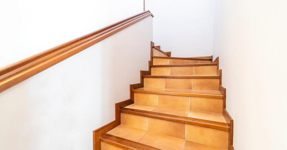 Quel type de carrelage choisir pour un escalier